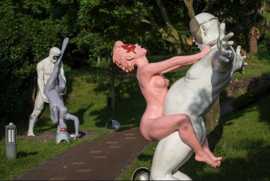 jiju-love-land-sex-sculpture
